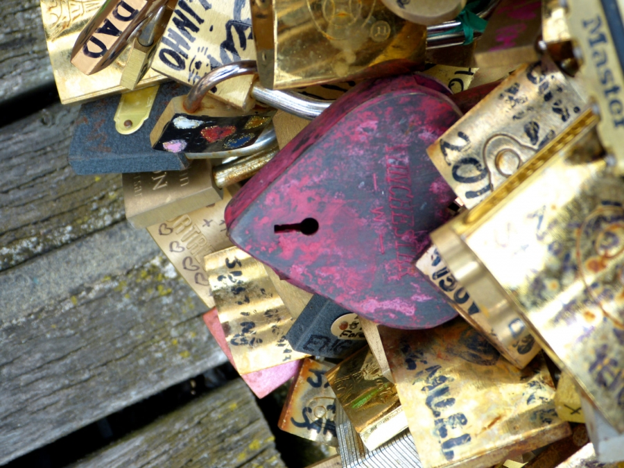 Heart Lock (Photo by Emci)